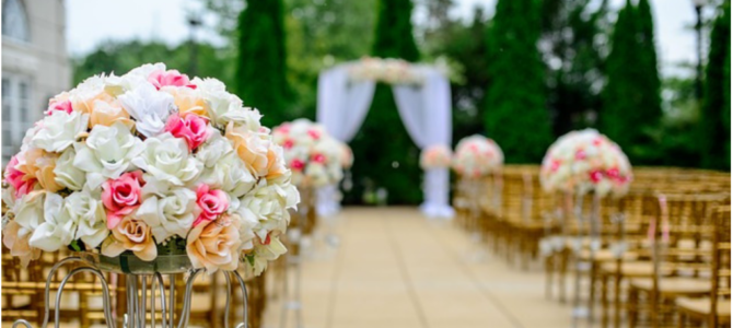 Wedding Flowers –  Can You Go Real Without Going Broke?