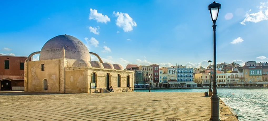 Chania Holidays: A Romantic Getaway in the Heart of the Aegean Sea!