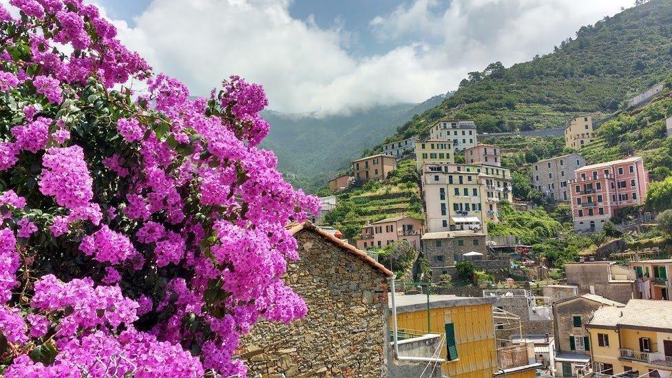 Magnificent View in Riomaggiore - 5 Terre
