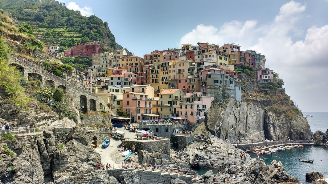 Romantic Italy Vacation - Manarola - 5 Terre